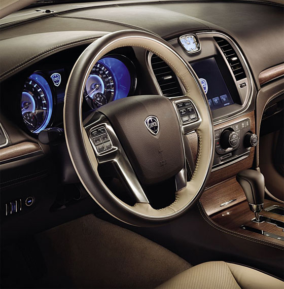 Lancia Thema 2012 - www.guidoitaliano.it -