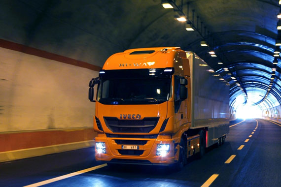Iveco Stralis Hi-Way Truck of the Year 2013 - www.guidoitaliano.it -