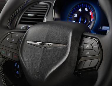Chrysler 300 MY 2015 -www.guidoitaliano.it
