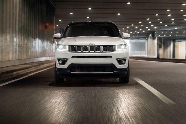 Il marchio Jeep presenta la nuova Compass Limited Winter