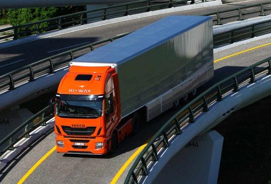Iveco Stralis Hi-Way Truck of the Year 2013 - www.guidoitaliano.it -