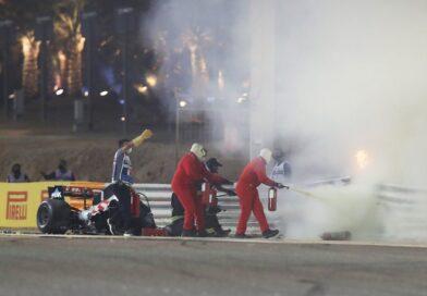 Gran premio del Bahrain: la Haas di Grosjean tutta in fiamme, pilota vivo per miracolo. Monoposto spezzata in due