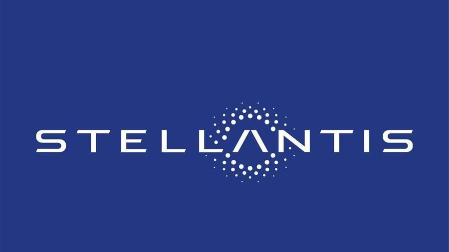 Il CEO di Stellantis Carlos Tavares rassicura sugli stabilimenti italiani